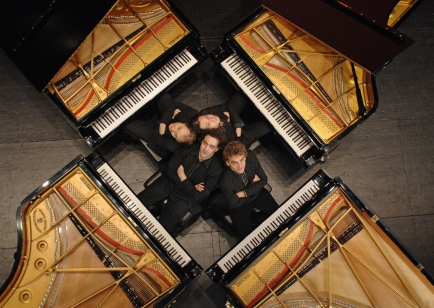 Clubprojekt 2012 - «Fo(u)r Pianos!»