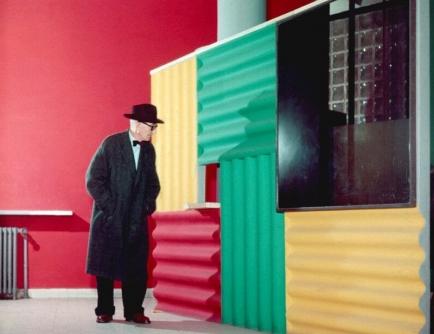 (c) Pavillon Le Corbusier (https://pavillon-le-corbusier.ch/de/)